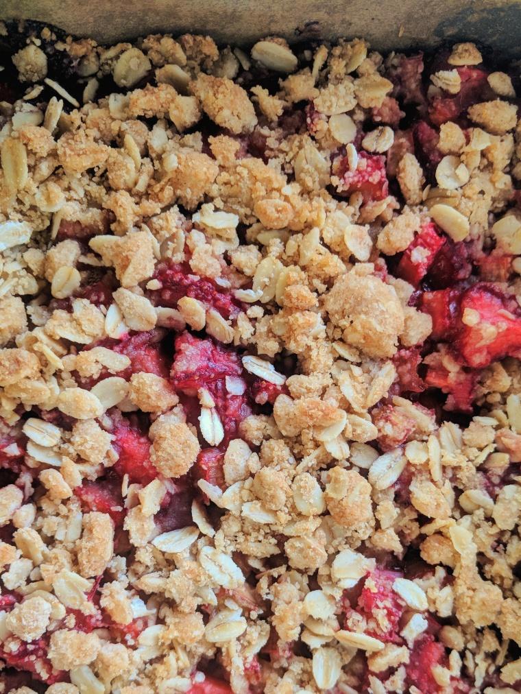Strawberry Rhubarb Crumble Bars | Feelin' Whisky